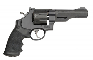 Smith & Wesson Model 327 TRR8, Eight Shot, Five inch, .357 Magnum