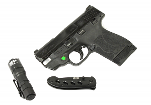 Smith & Wesson Shield M2.0 9mm with Green Laser