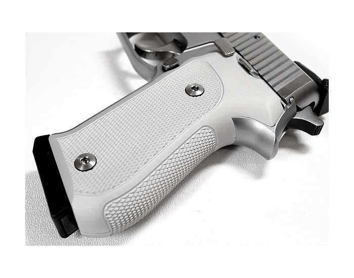 Hogue Extreme Aluminum Grips P220 - CHECKERED CLEAR ANODIZED