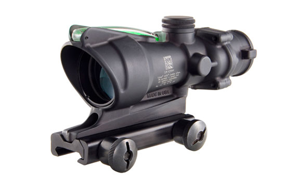 Trijicon ACOG 4X32 .223/5.56 with TA51 Mount - GREEN CHEVRON
